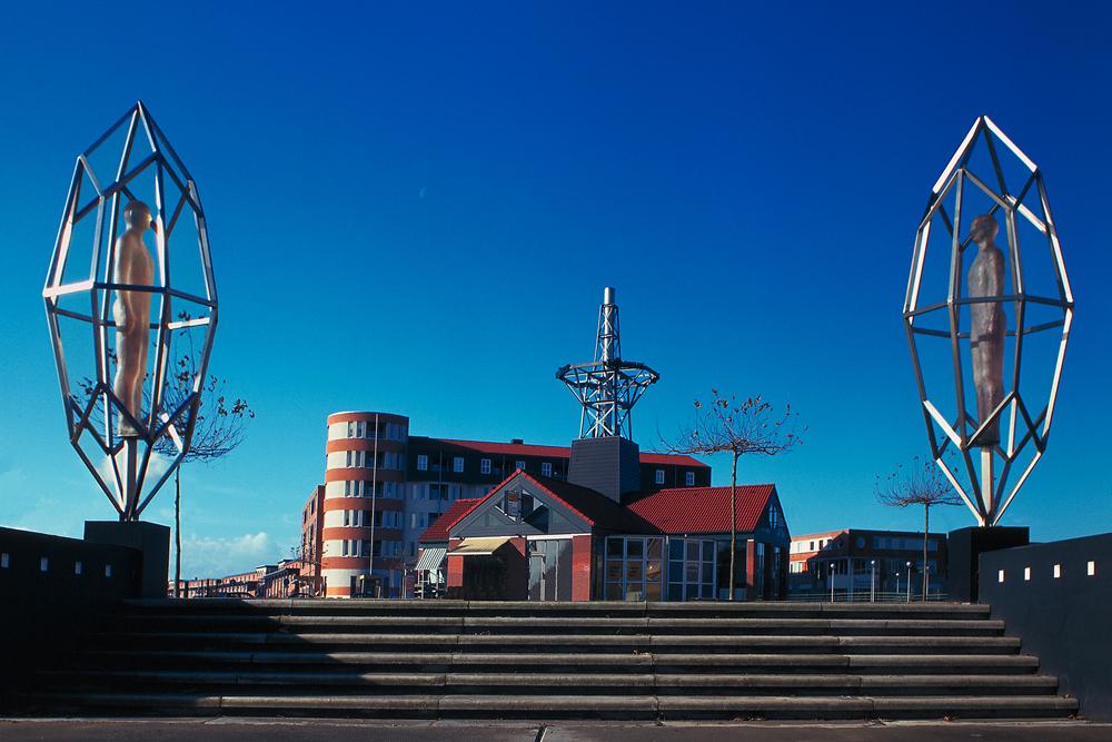 Kunst openbare ruimte, bloklugthart, zaandam, public art, bas lugthart, maree blok, kunstwerk, sculptuur